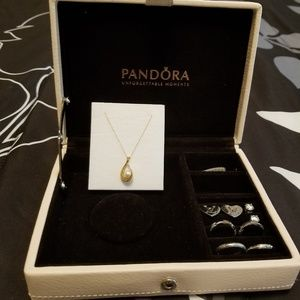 14k GOLD NECKLACE with PEARL PENDANT